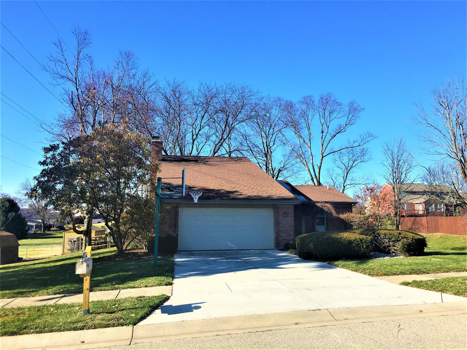 Property for sale at 6195 Delcrest Drive, Fairfield,  Ohio 45014