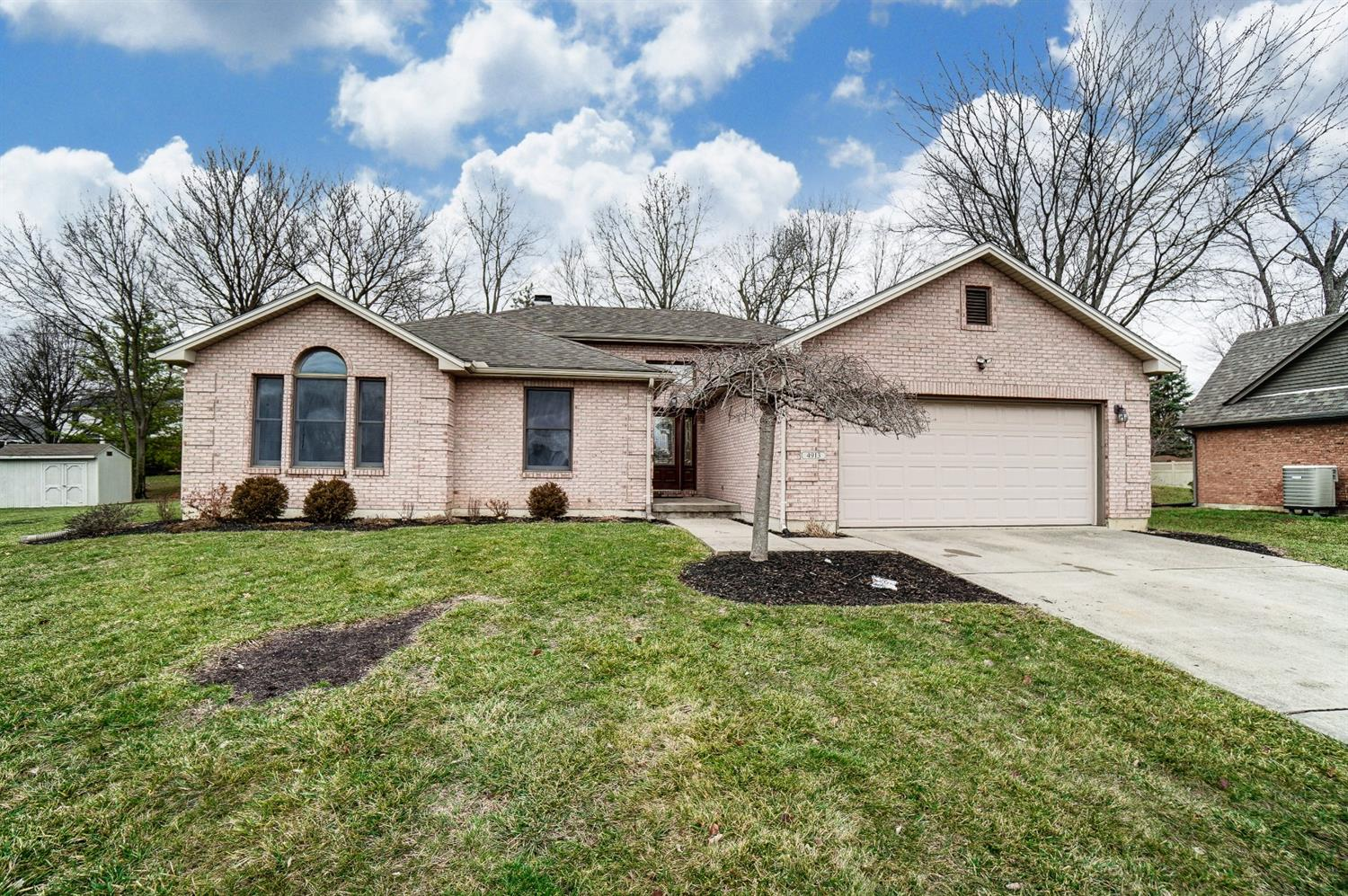 Property for sale at 4913 Oaks Court, Middletown,  Ohio 45042