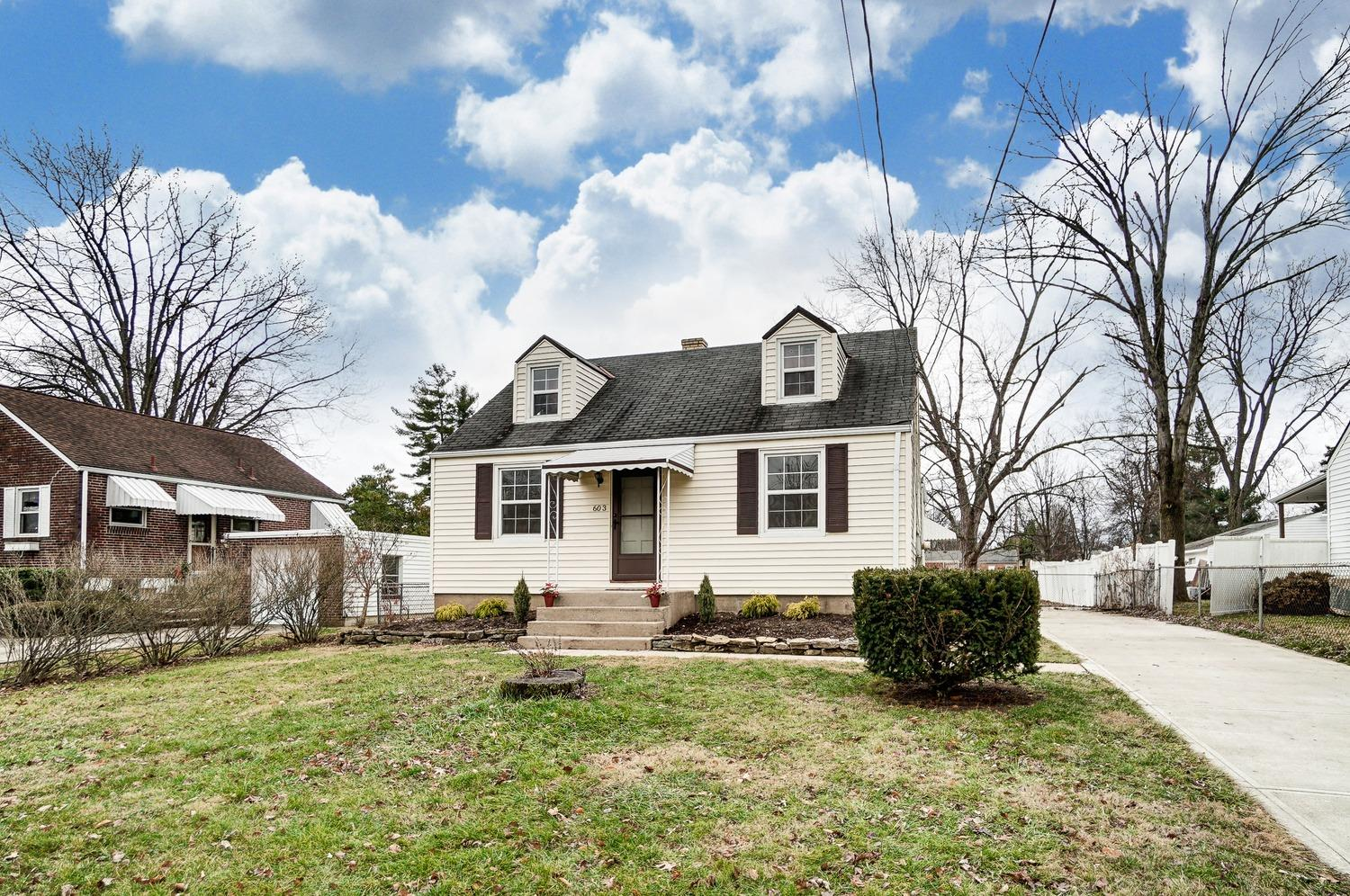 Property for sale at 603 Smiley Avenue, Springdale,  Ohio 45246