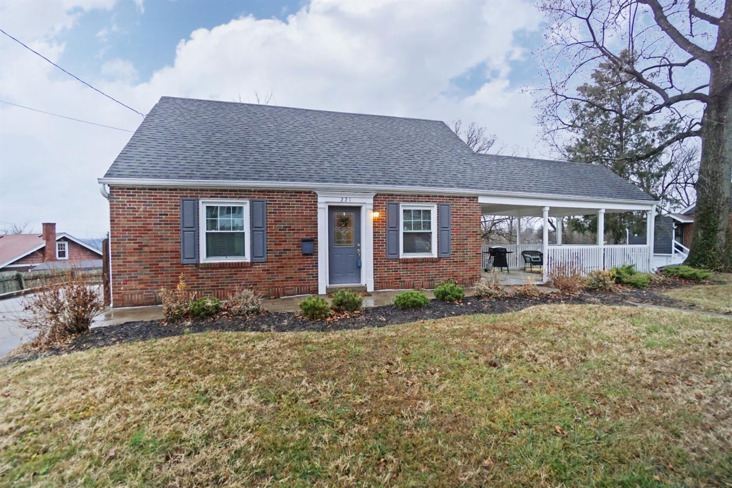 Property for sale at 221 Harvest Lane, Reading,  Ohio 45237