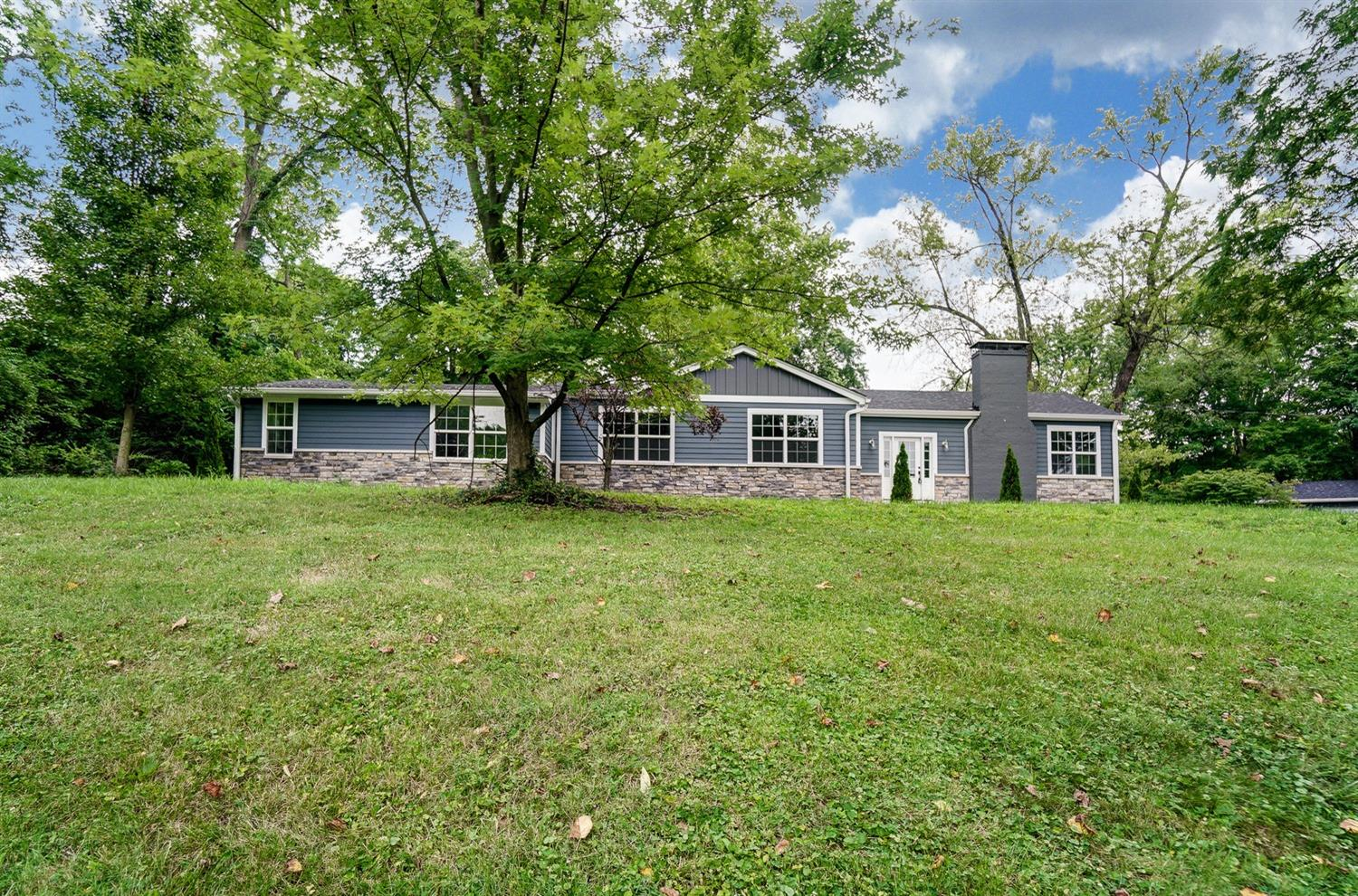 Property for sale at 670 Reily Road, Wyoming,  Ohio 45215