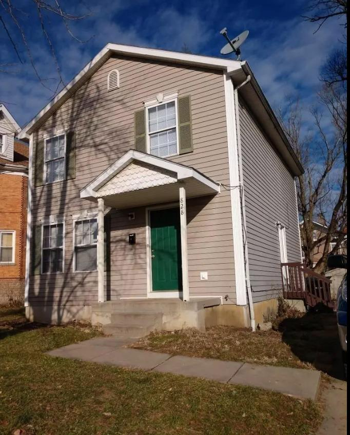 Property for sale at 828 Hutchins Avenue, Cincinnati,  Ohio 45229