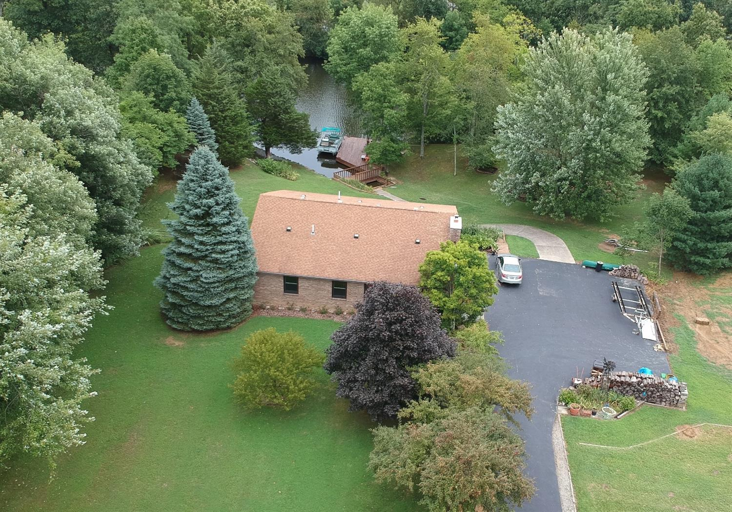 Property for sale at 44 Comanche Drive, Franklin Twp,  Ohio 45171