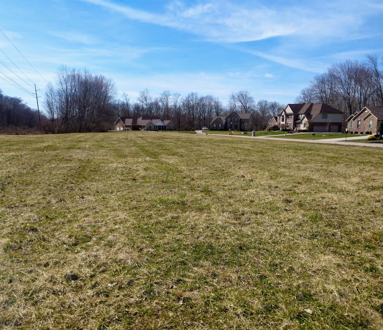Property for sale at 997 Sedgefield Court, Hamilton Twp,  Ohio 45039