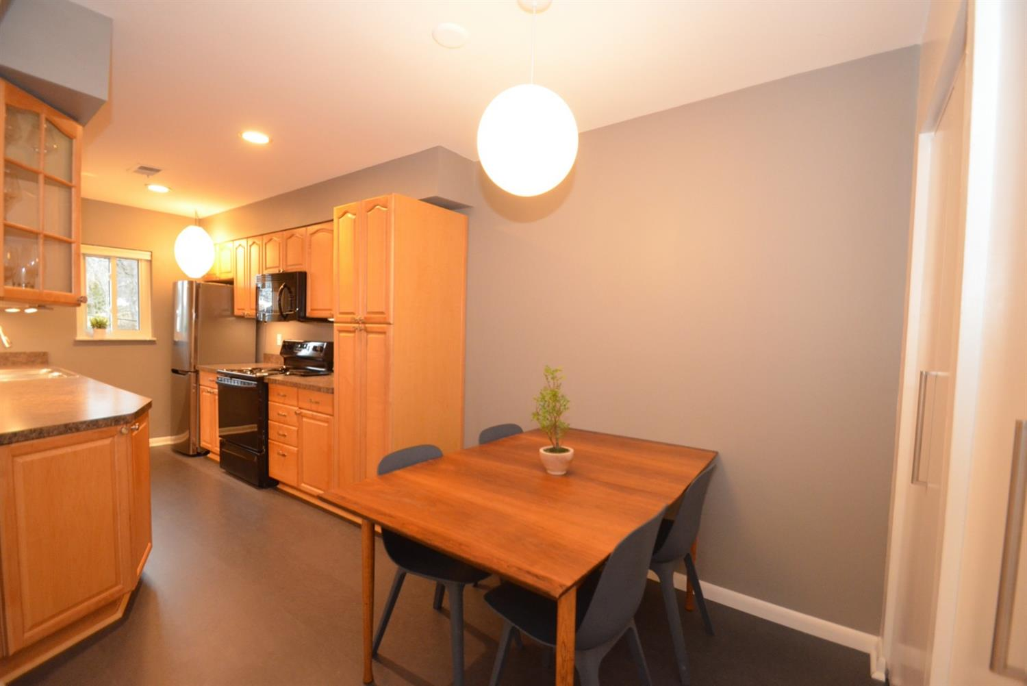 Really nice sized kitchen with plenty of counter and storage space!