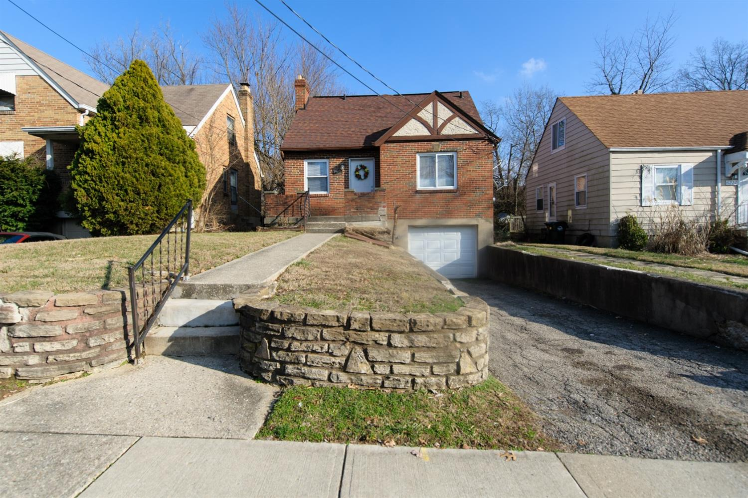 Property for sale at 6226 Elbrook Avenue, Golf Manor,  Ohio 45237