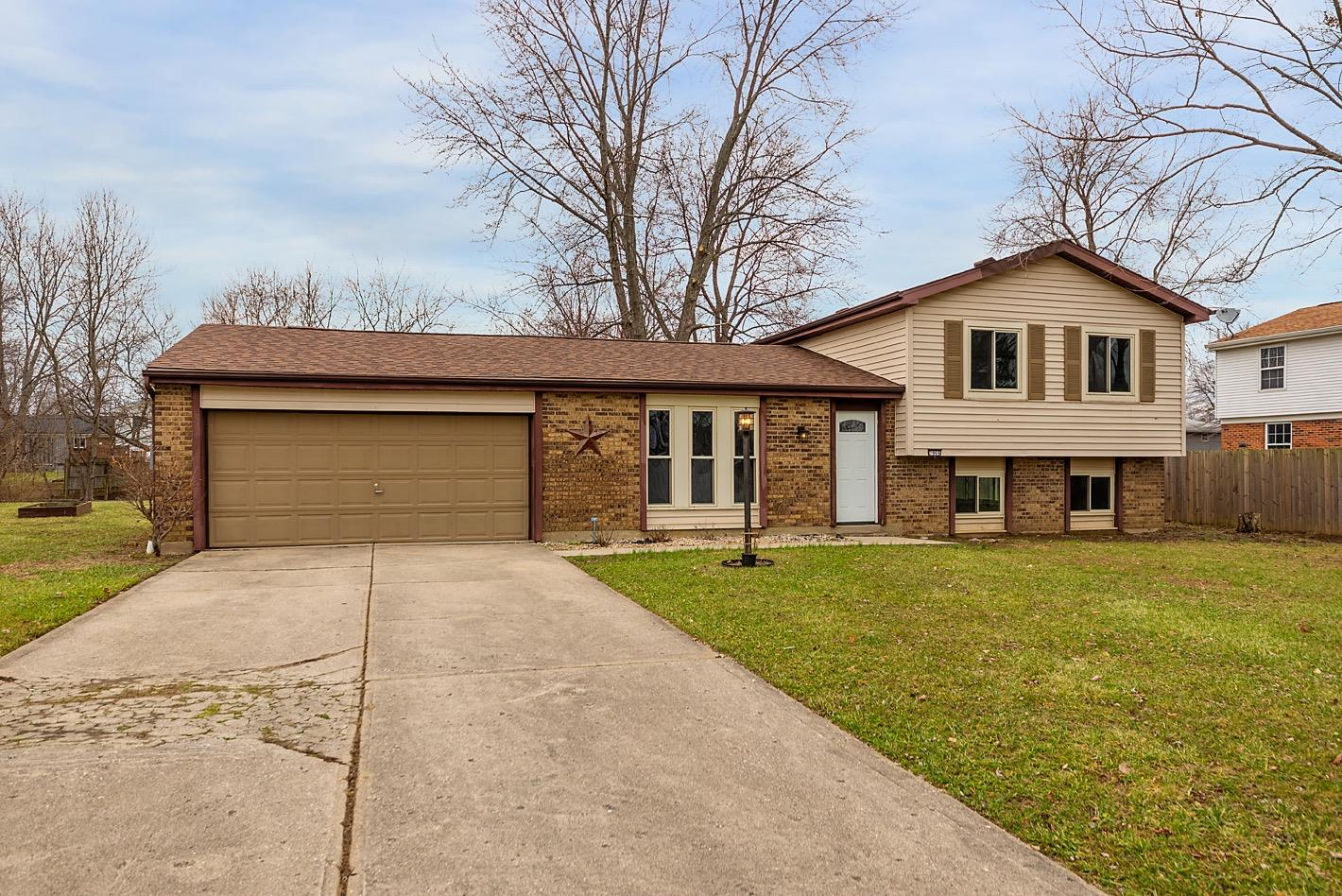 Property for sale at 7966 Country Green Court, West Chester,  Ohio 45069