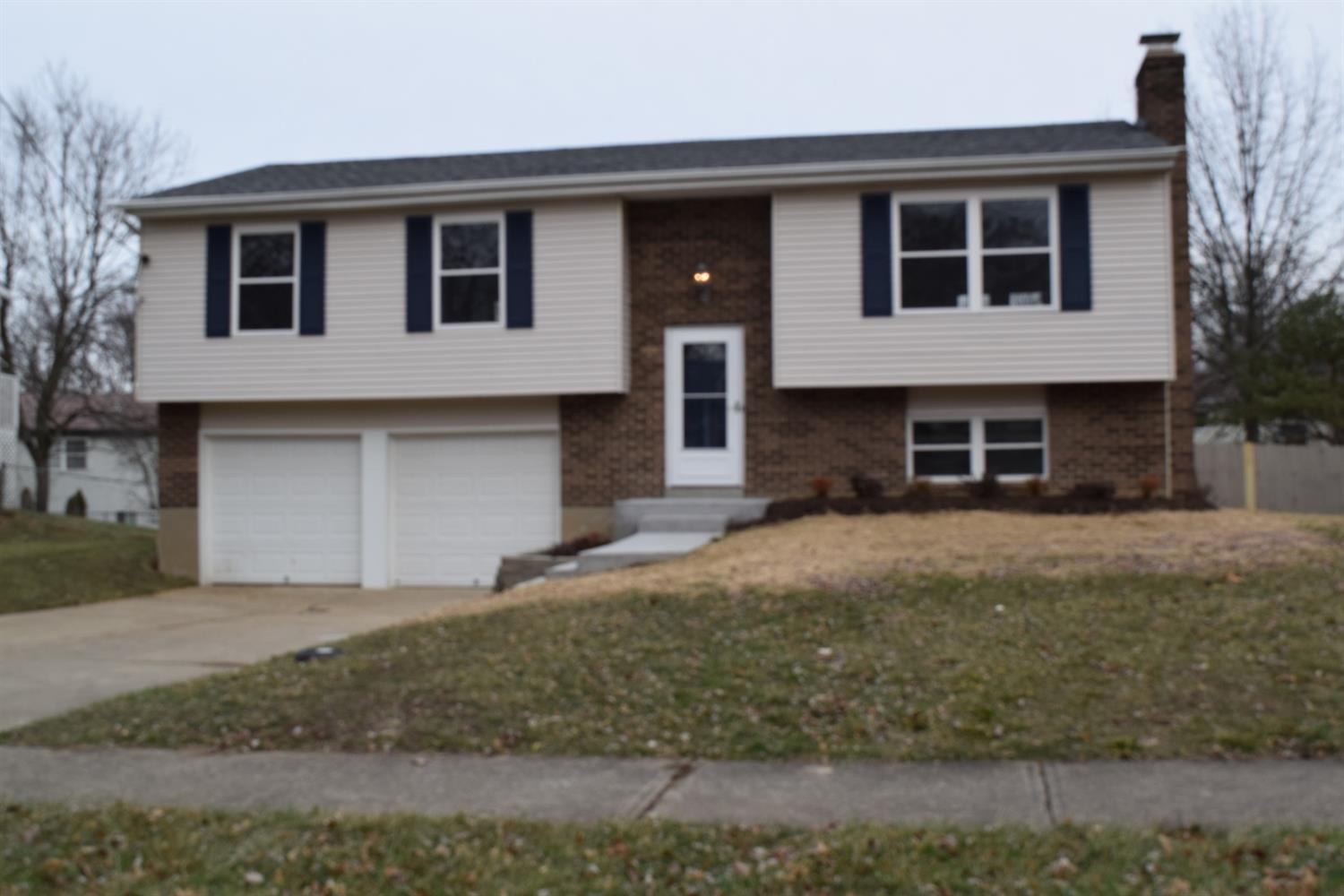 Property for sale at 1472 Forester Drive, Springfield Twp.,  Ohio 45240