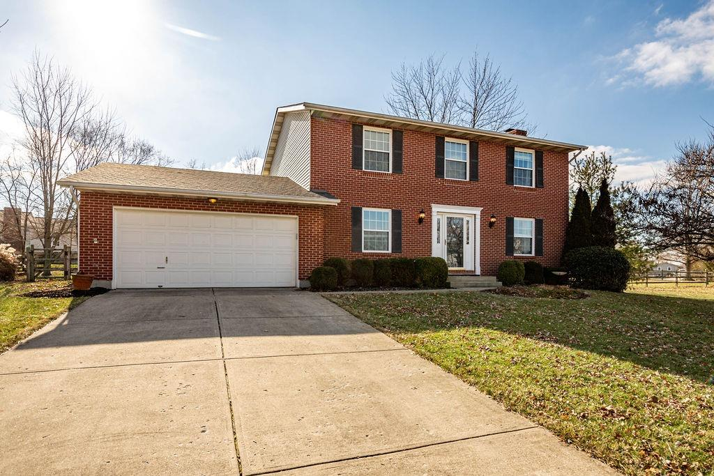 Property for sale at 6837 Oak Manor Drive, Liberty Twp,  Ohio 45044