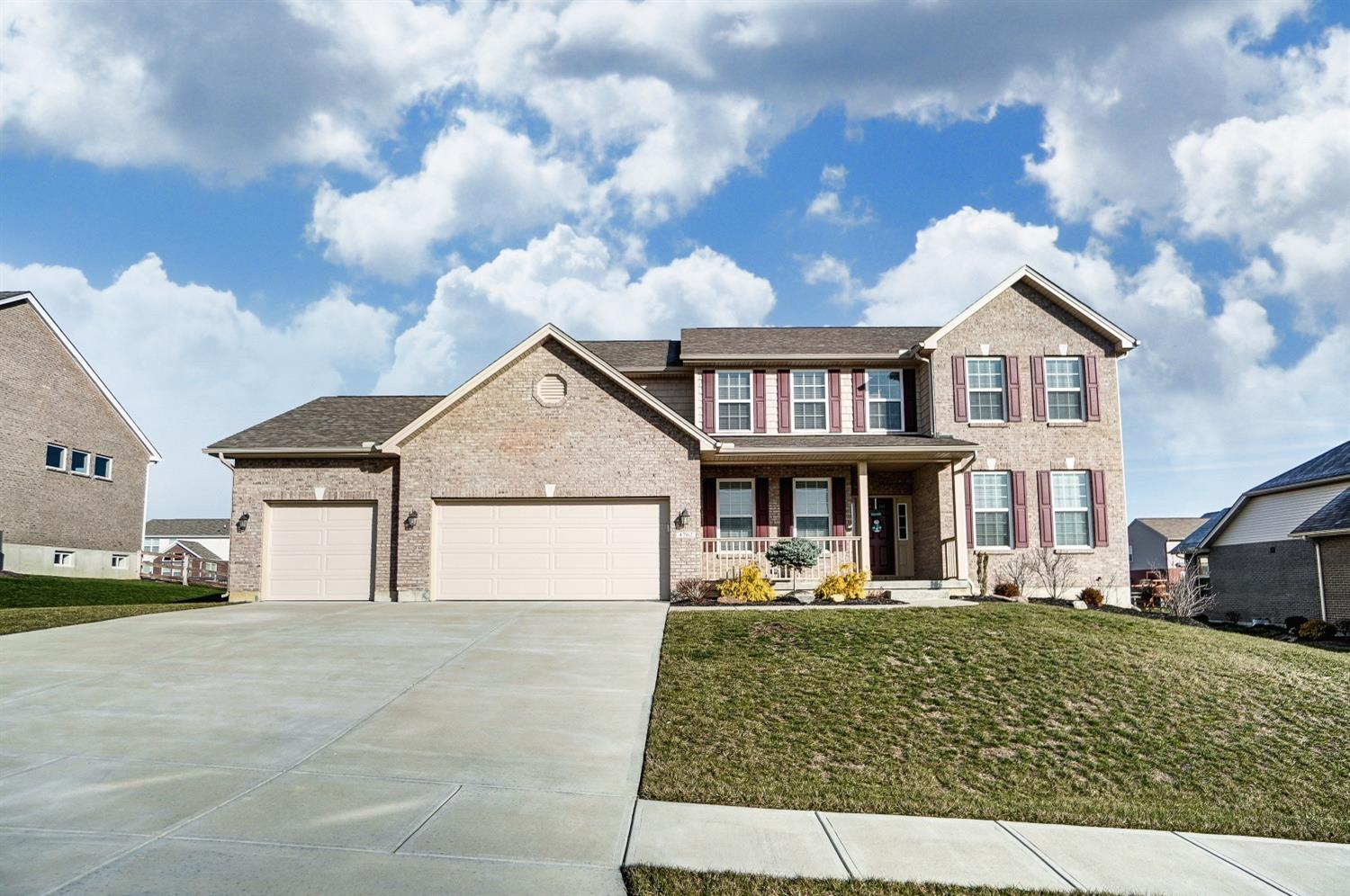 Property for sale at 4762 Osprey Pointe Drive, Liberty Twp,  Ohio 45011