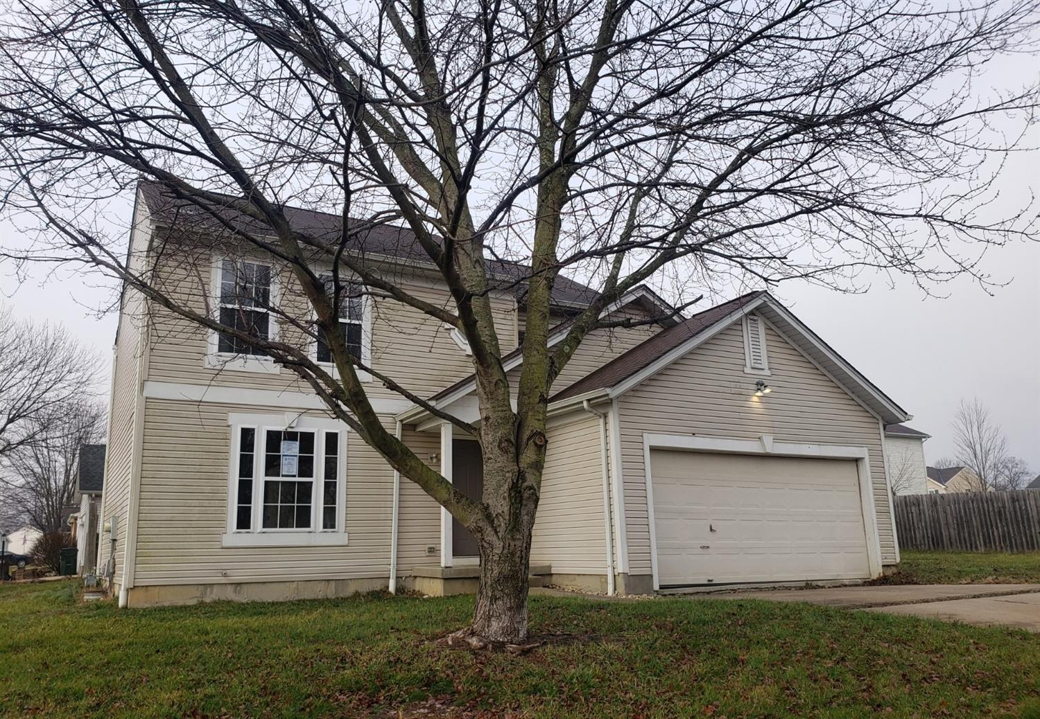 Property for sale at 17 Arrowhead Drive, Amelia,  Ohio 45102