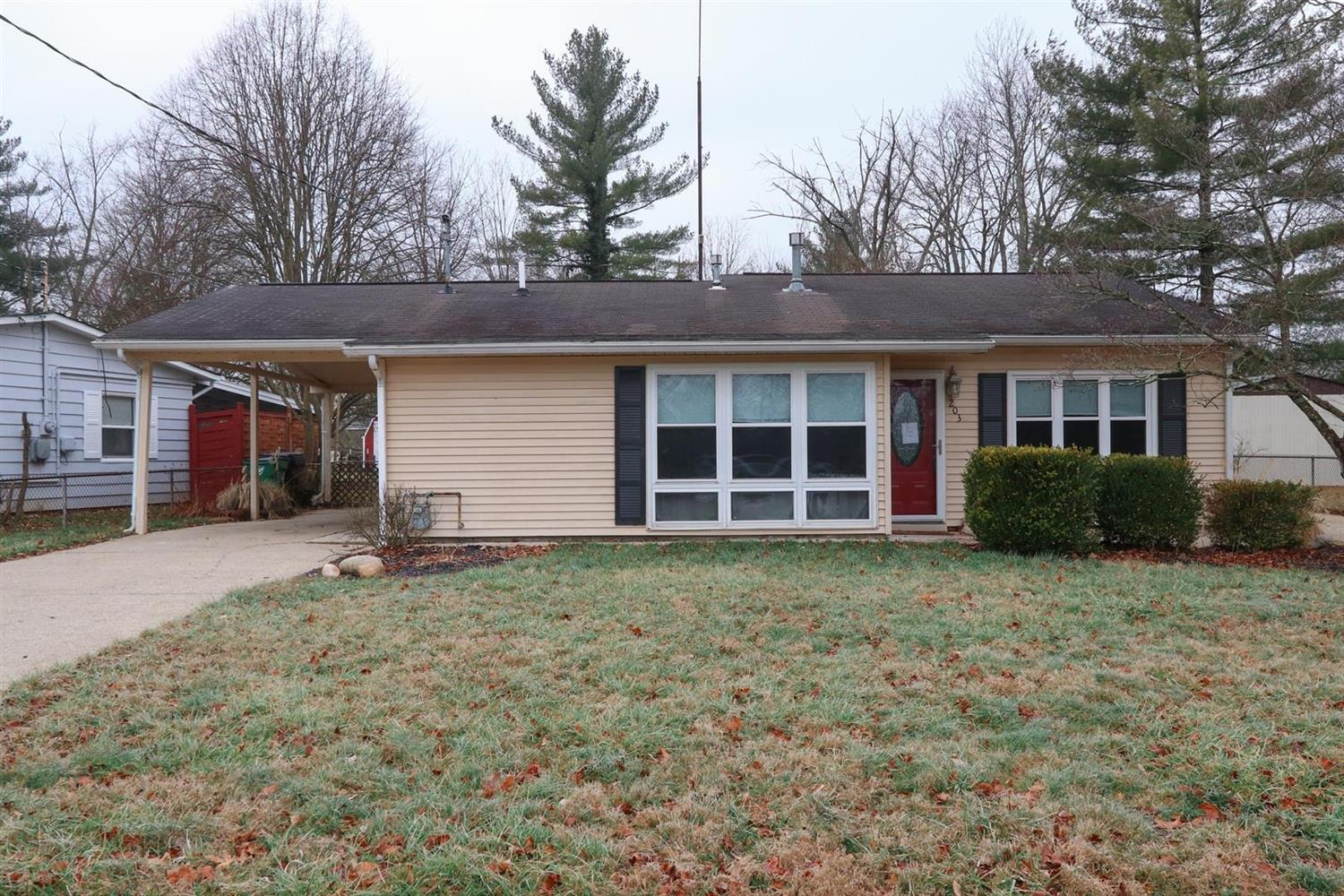 Property for sale at 203 Cherokee Drive, Loveland,  Ohio 45140
