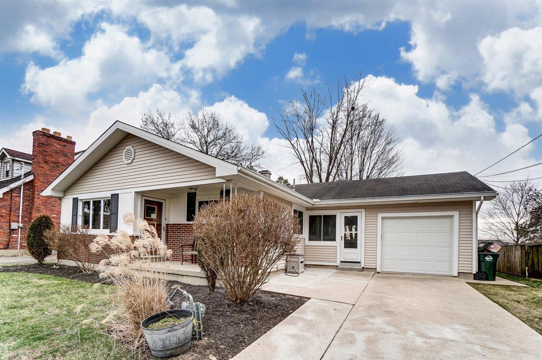 Property for sale at 23 De Sales Avenue, Lebanon,  Ohio 45036