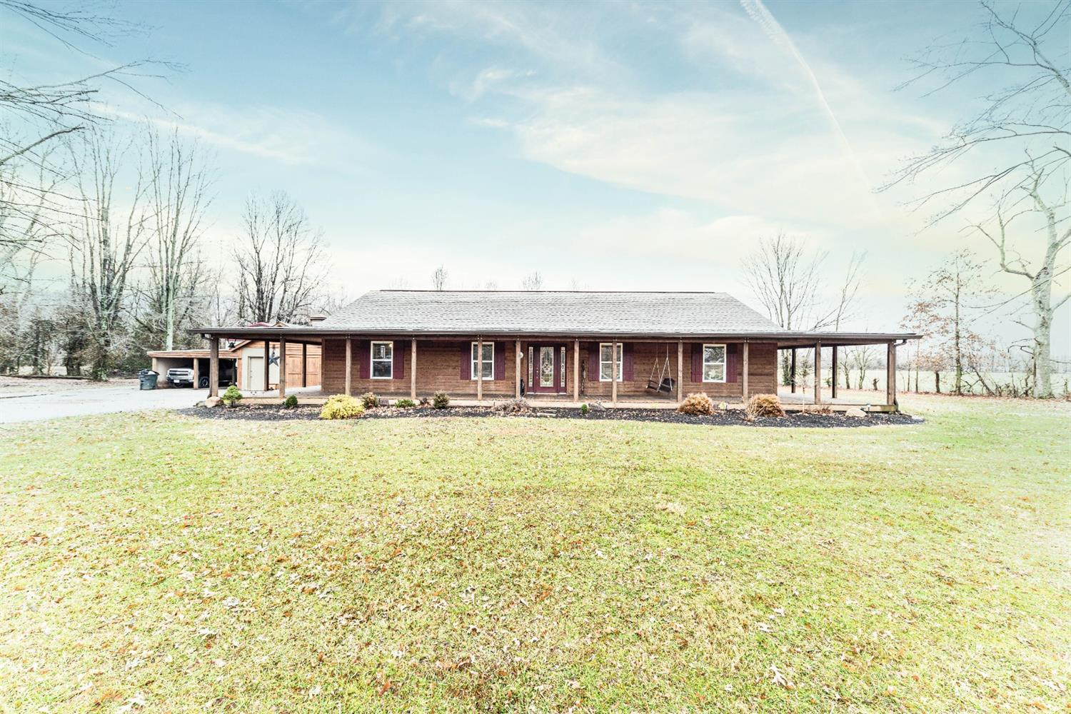 Property for sale at 2813 White Oak Valley Road, Clark Twp,  Ohio 45130