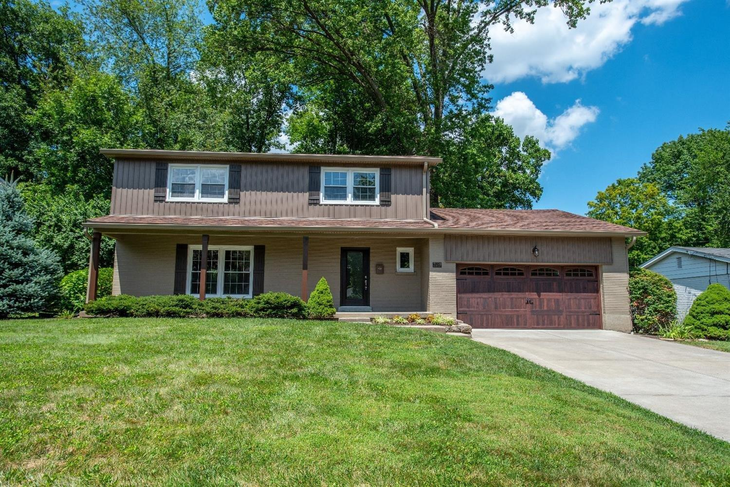 Property for sale at 7932 Jolain Drive, Montgomery,  Ohio 45242