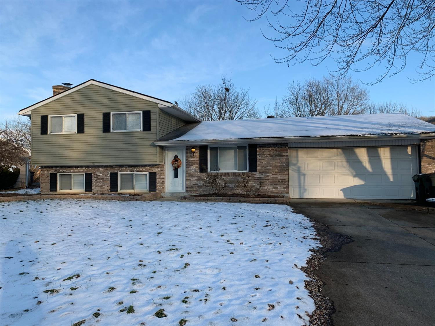 Property for sale at 5766 Lake Erie Drive, Fairfield,  Ohio 45014