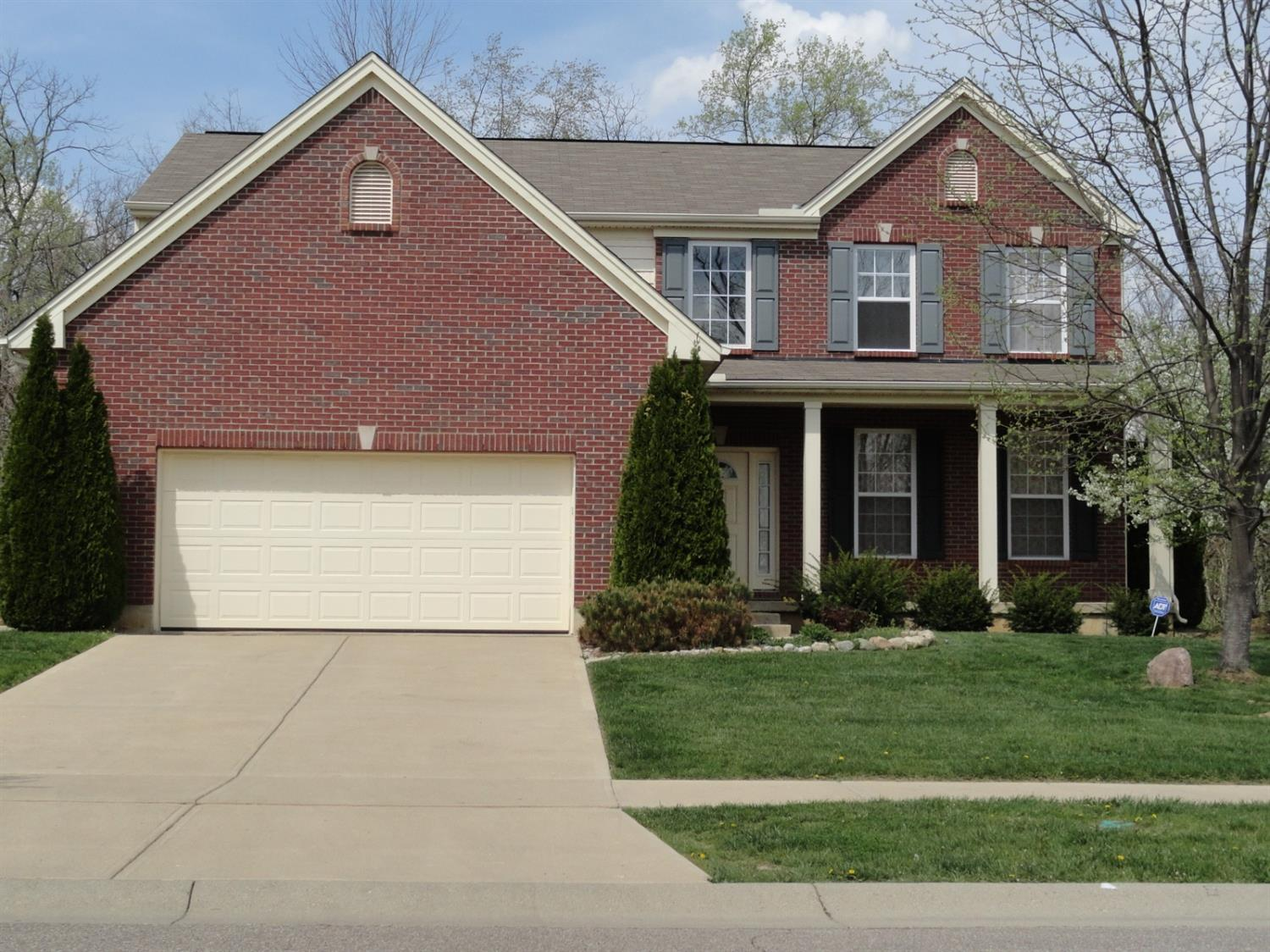 Property for sale at 85 Hunter Woods Drive, Oxford,  Ohio 45056