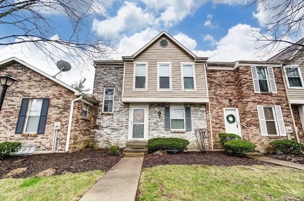 Property for sale at 1043 Stratford Court, Loveland,  Ohio 45140
