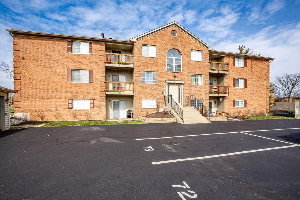 Property for sale at 1594 Gelhot Drive Unit: 70, Fairfield,  Ohio 45014