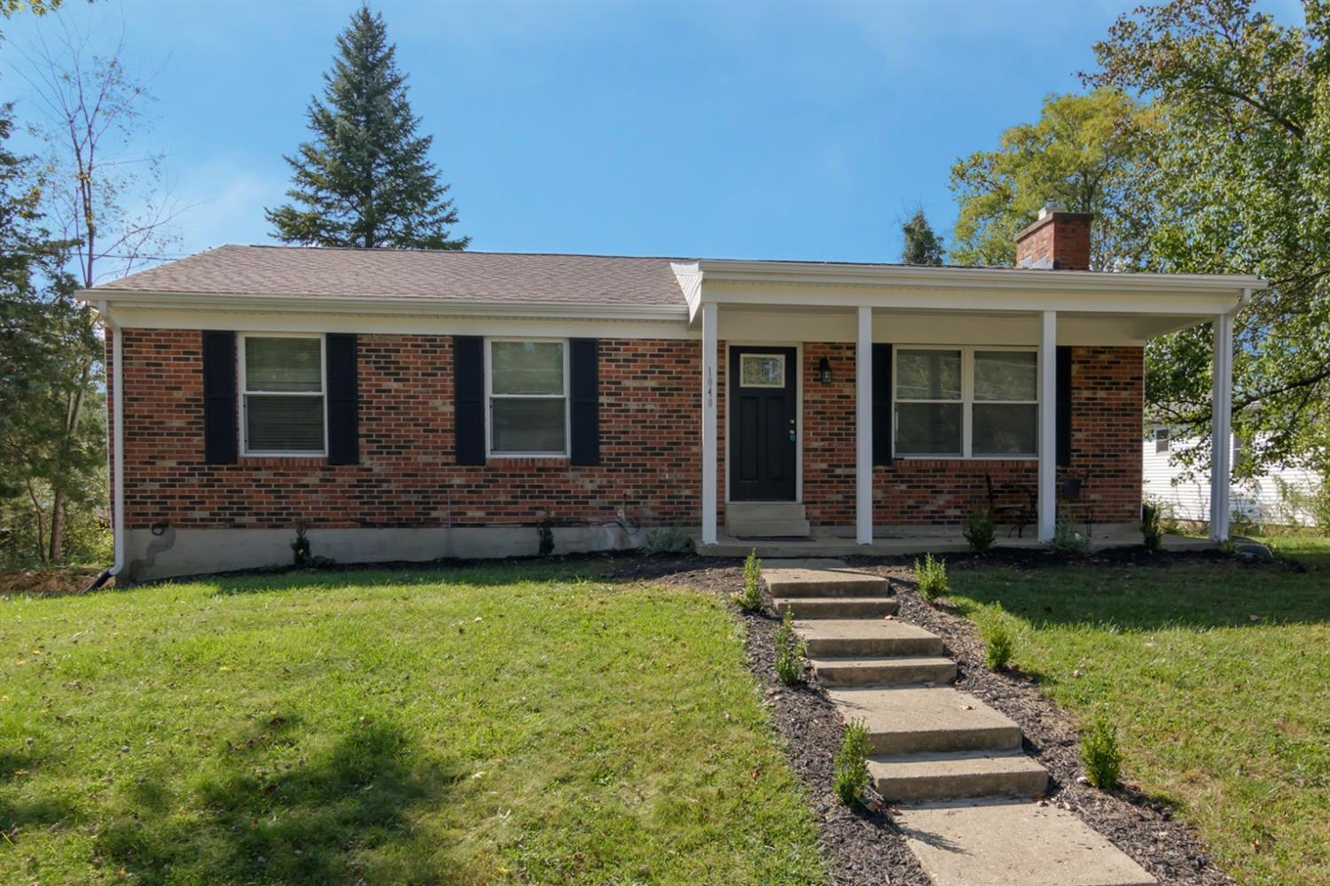 Property for sale at 1040 Arrowhead Drive, Oxford,  Ohio 45056