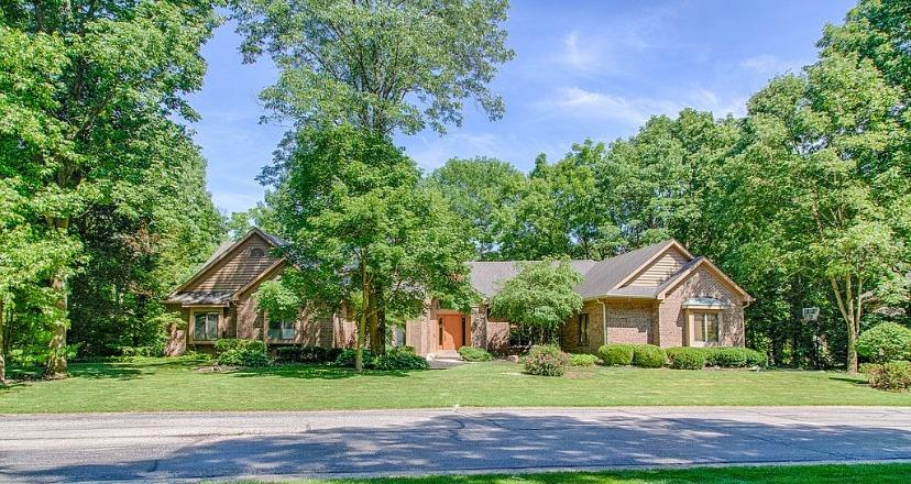 Property for sale at 8586 Eagle Ridge Court, Clearcreek Twp.,  Ohio 45066