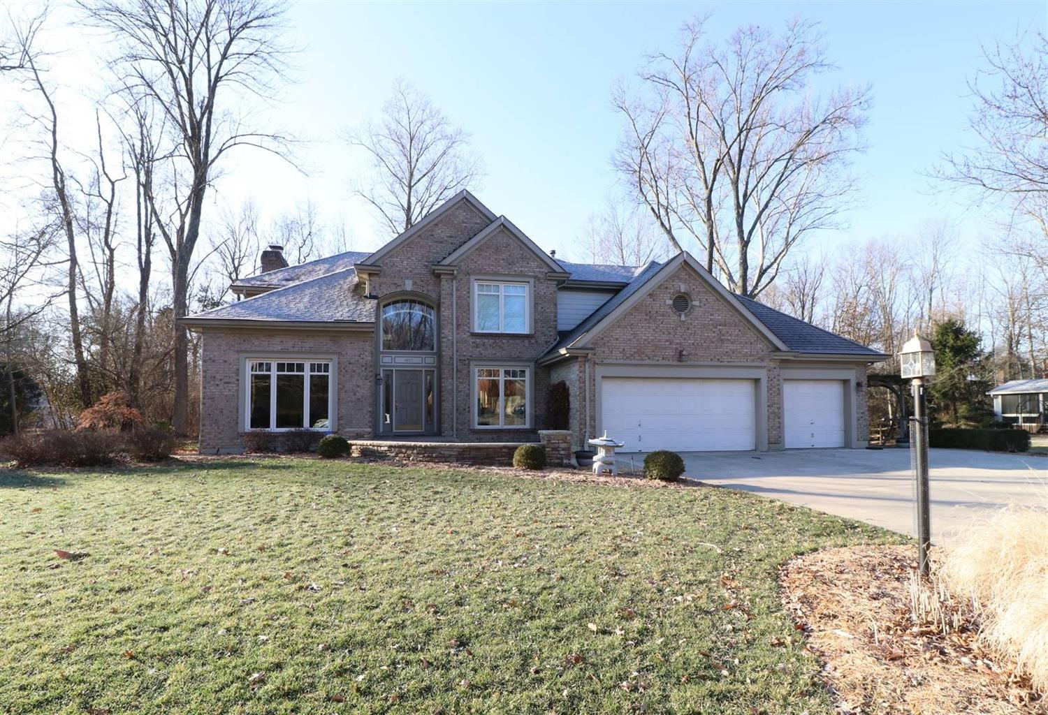Property for sale at 1807 Tanglewood Drive, Loveland,  Ohio 45140