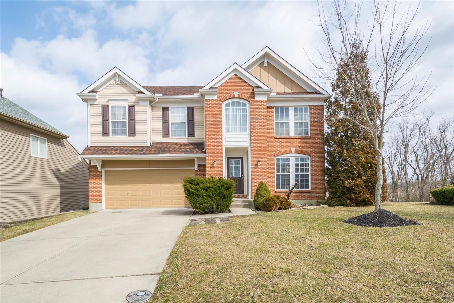 Property for sale at 7146 Ruwes Oak Drive, Green Twp,  Ohio 45248