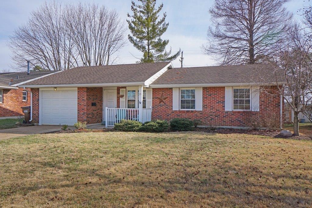 Property for sale at 29 De Sales Avenue, Lebanon,  Ohio 45036