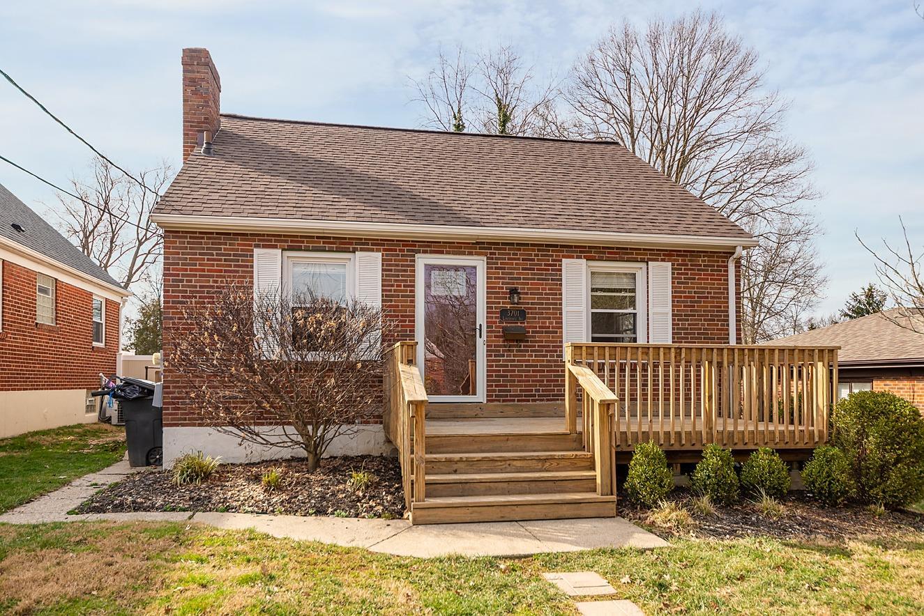 Property for sale at 3701 Lansdowne Avenue, Deer Park,  Ohio 45236