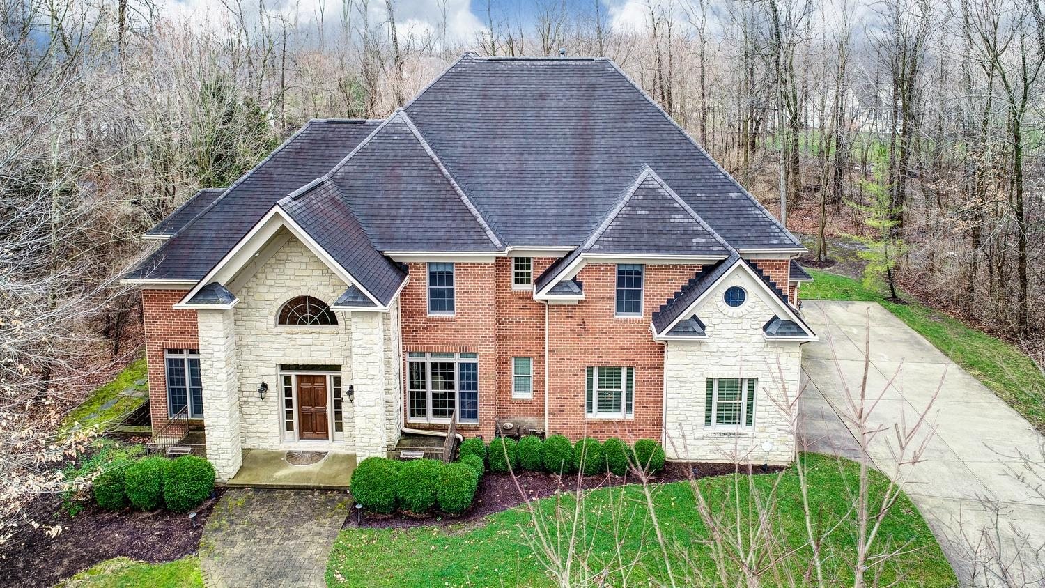 Property for sale at 7789 Woodbridge Court, Clearcreek Twp.,  Ohio 45066
