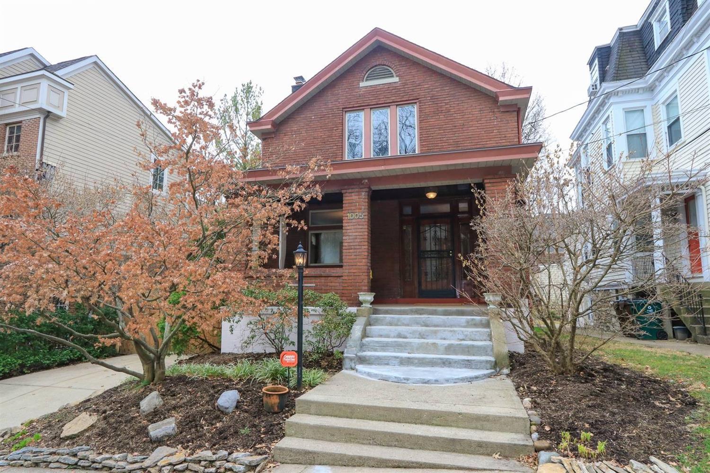 Property for sale at 1005 Parkside Place, Cincinnati,  Ohio 45202