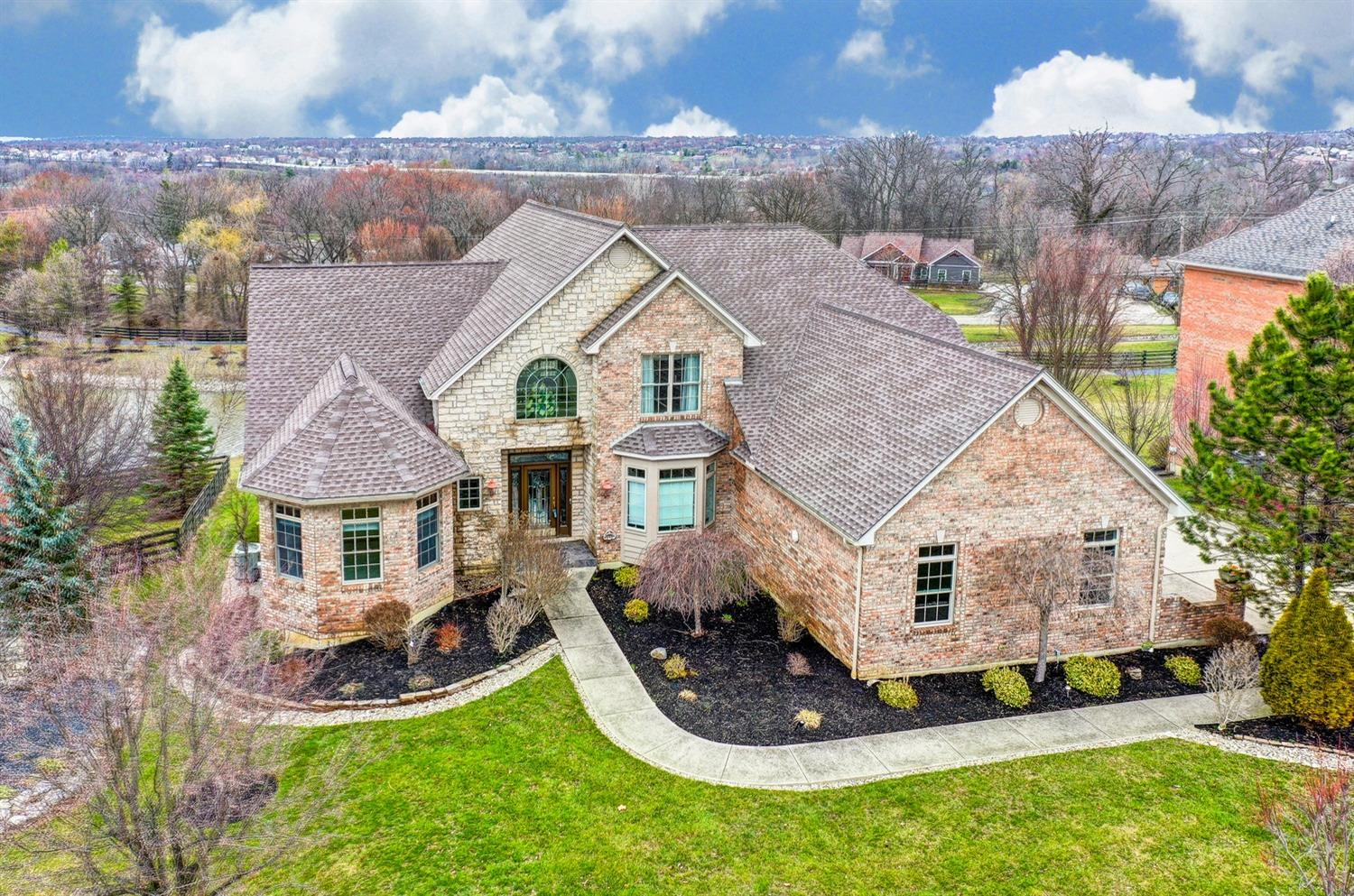 Property for sale at 7186 Southampton Lane, West Chester,  Ohio 45069