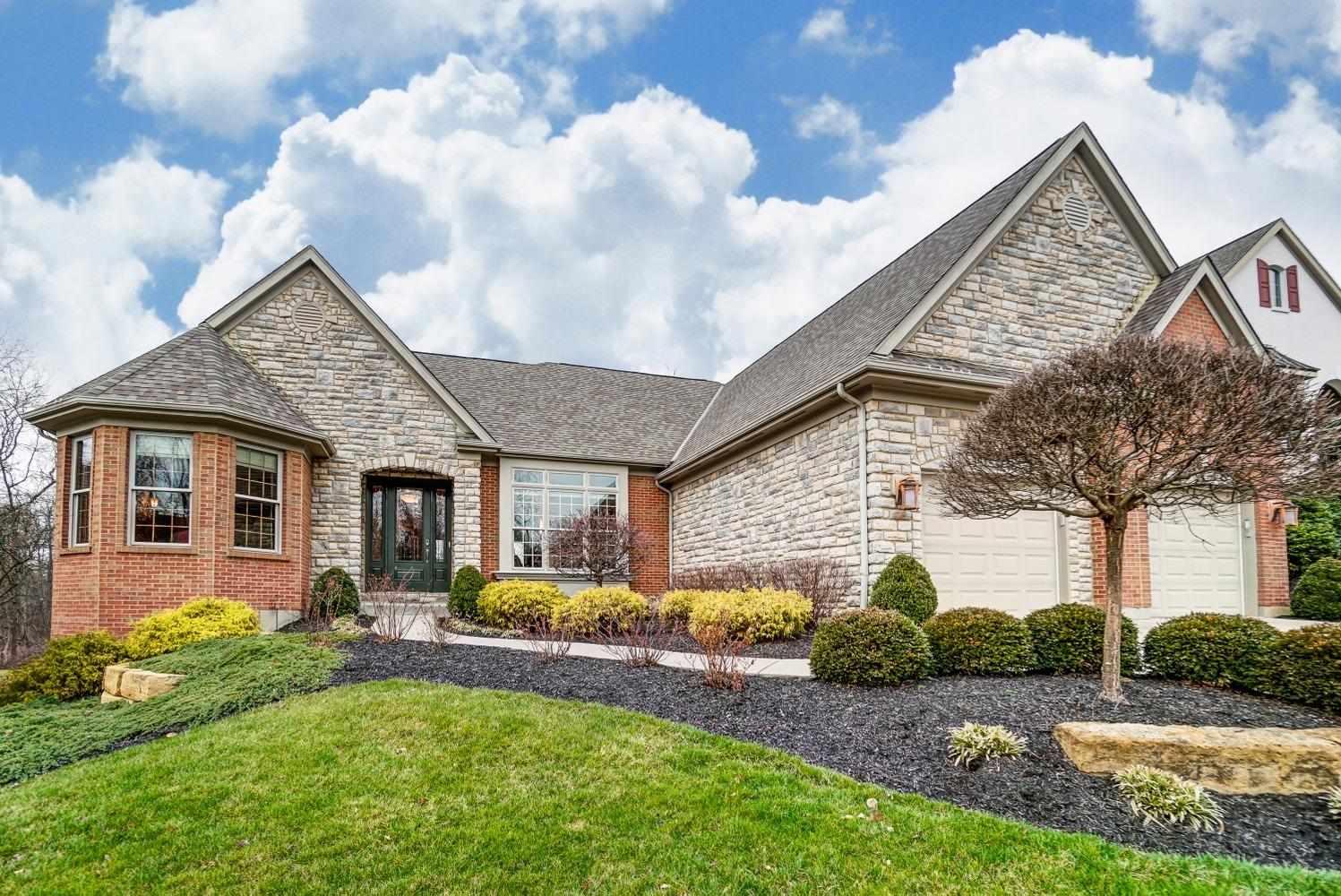 Property for sale at 4507 Ravenwood Court, Union Twp,  Ohio 45244