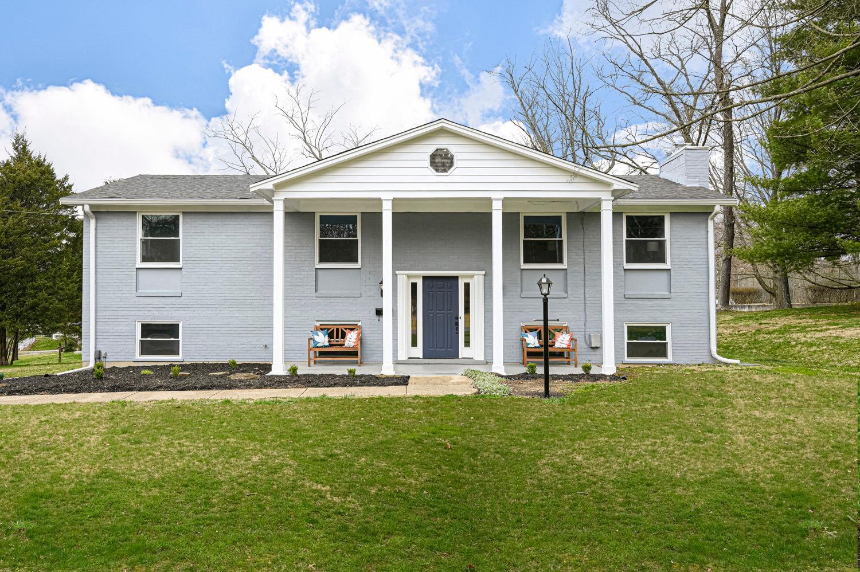 Property for sale at 401 Woodside Drive, Batavia,  Ohio 45103