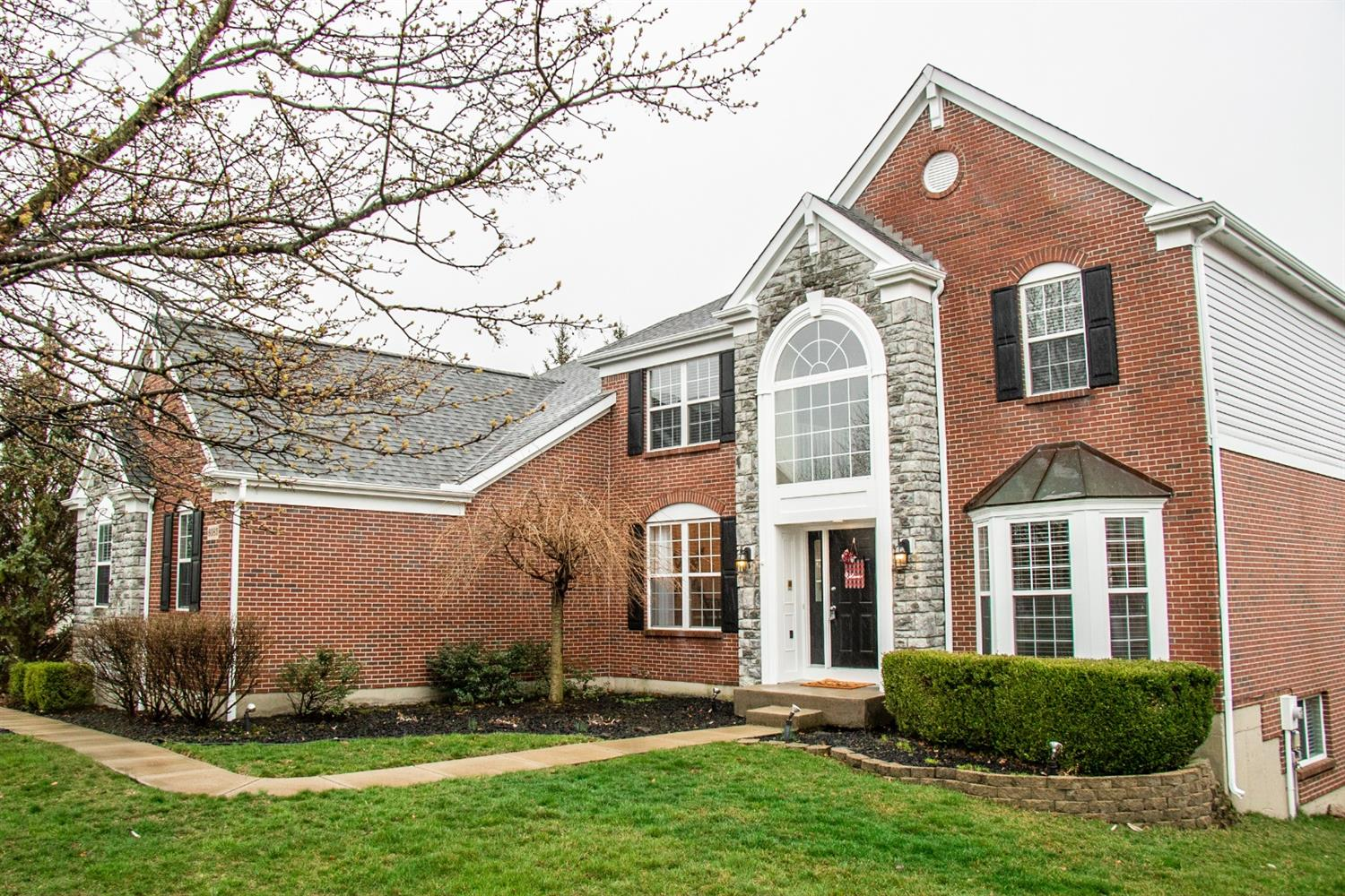 Property for sale at 6085 Holly Hill Lane, West Chester,  Ohio 45069