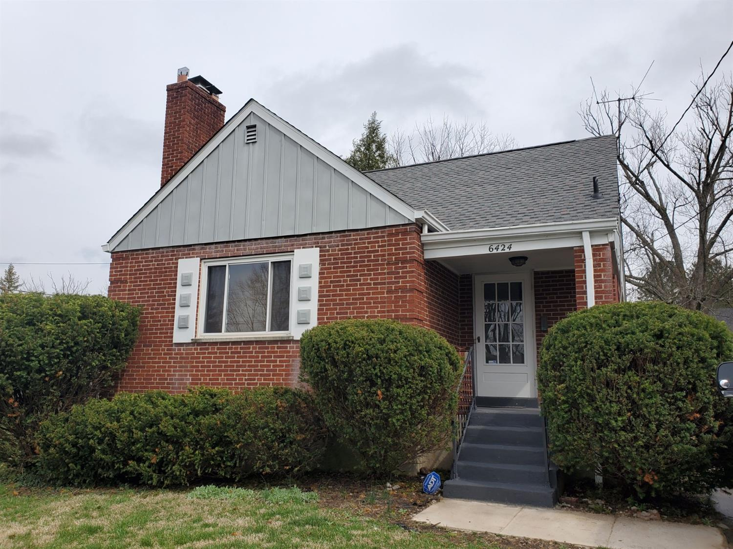 Property for sale at 6424 Graceland Avenue, Golf Manor,  Ohio 45237