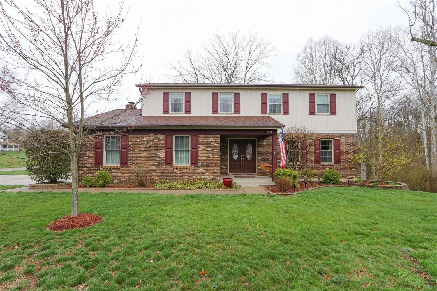Property for sale at 1698 Lockbourne Drive, Springfield Twp.,  Ohio 45240