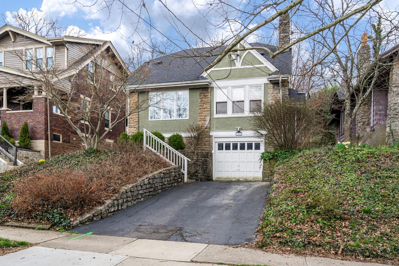 Property for sale at 1156 Inglenook Place, Cincinnati,  Ohio 45208