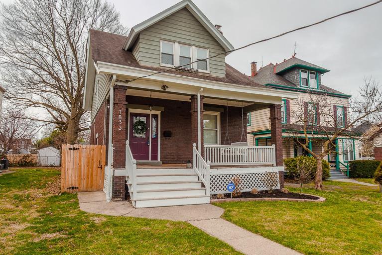 Property for sale at 1833 Hopkins Avenue, Norwood,  Ohio 45212