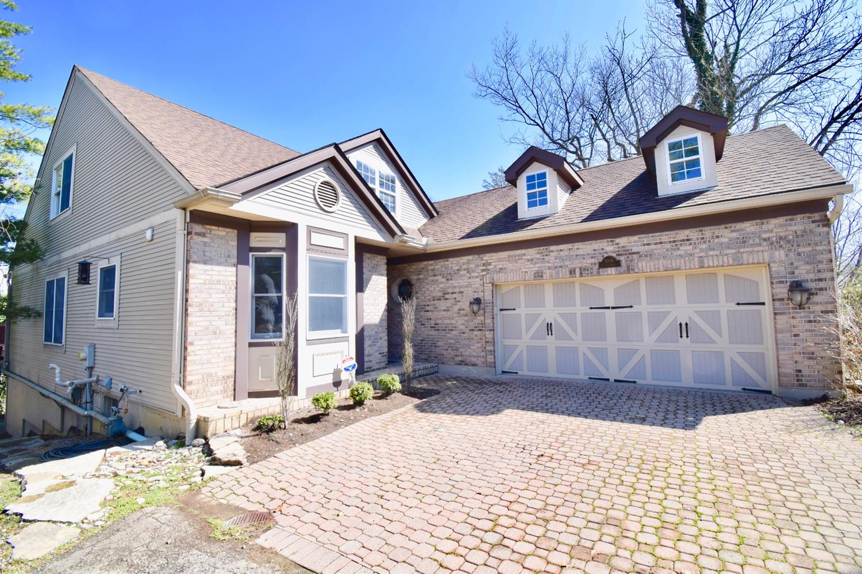 Property for sale at 3006 Paxton Knoll Lane, Cincinnati,  Ohio 45208