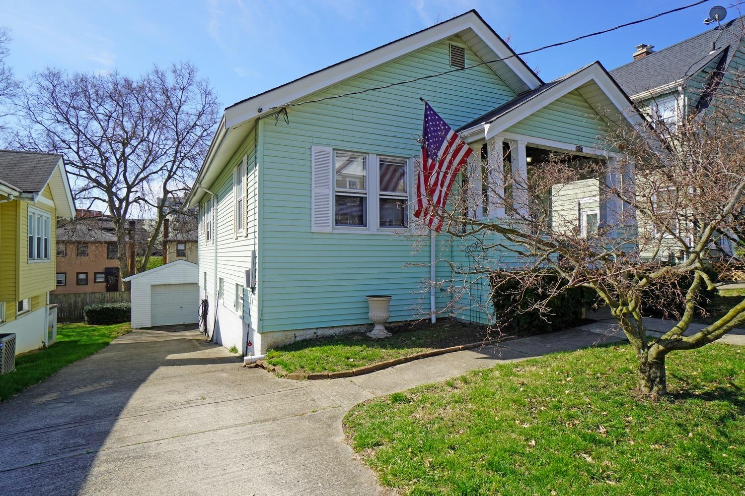 Property for sale at 2607 Melrose Avenue, Norwood,  Ohio 45212