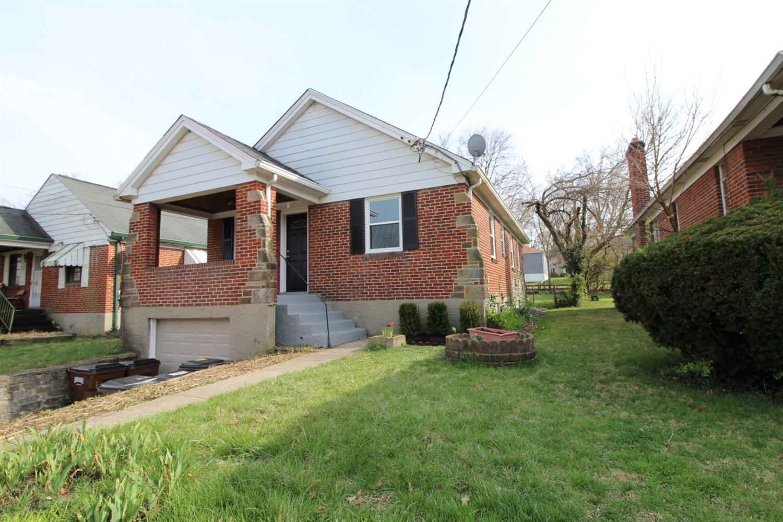 Property for sale at 2517 Losantiville Avenue, Golf Manor,  Ohio 45237