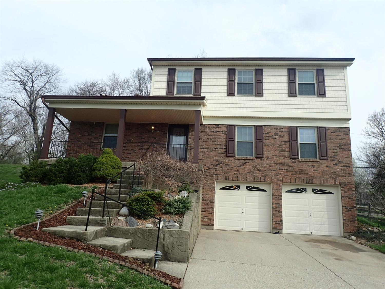 Property for sale at 5258 Riverwatch Drive, Delhi Twp,  Ohio 45238
