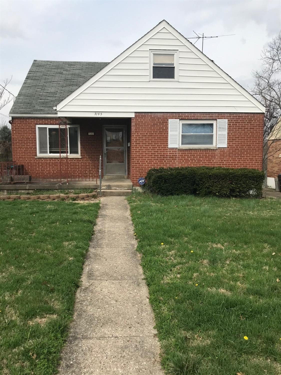 Property for sale at 7145 Northridge Drive, North College Hill,  Ohio 45231