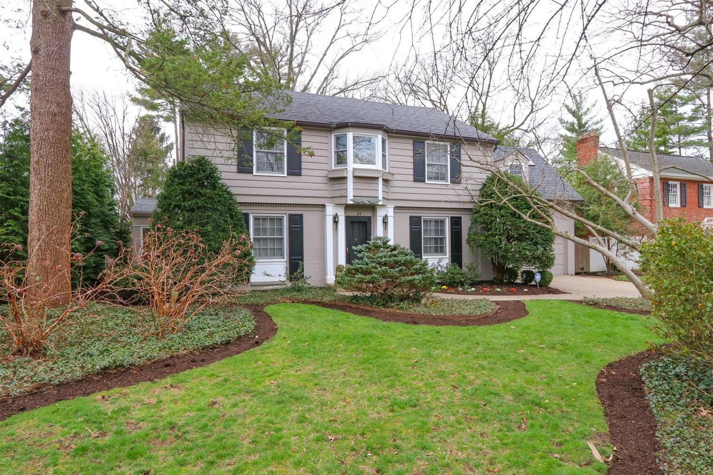 Property for sale at 24 Elmhurst Place, Cincinnati,  Ohio 45208