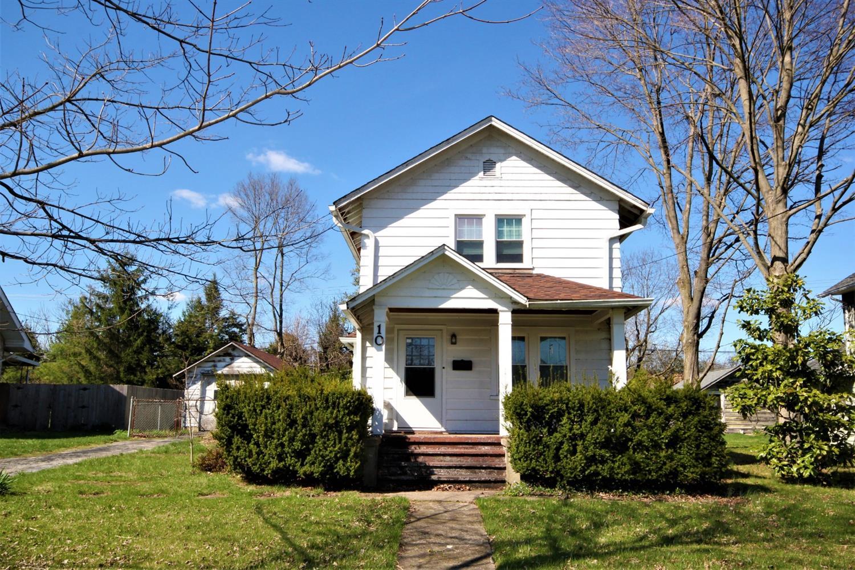 Property for sale at 10 Oakwood Avenue, Lebanon,  Ohio 45036