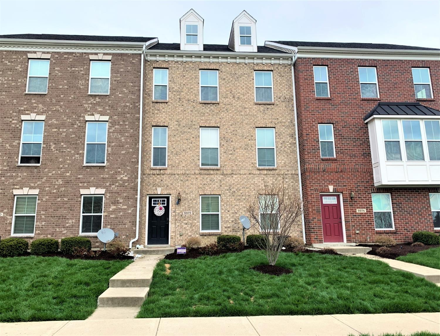 Property for sale at 9572 Union Park, West Chester,  Ohio 45069