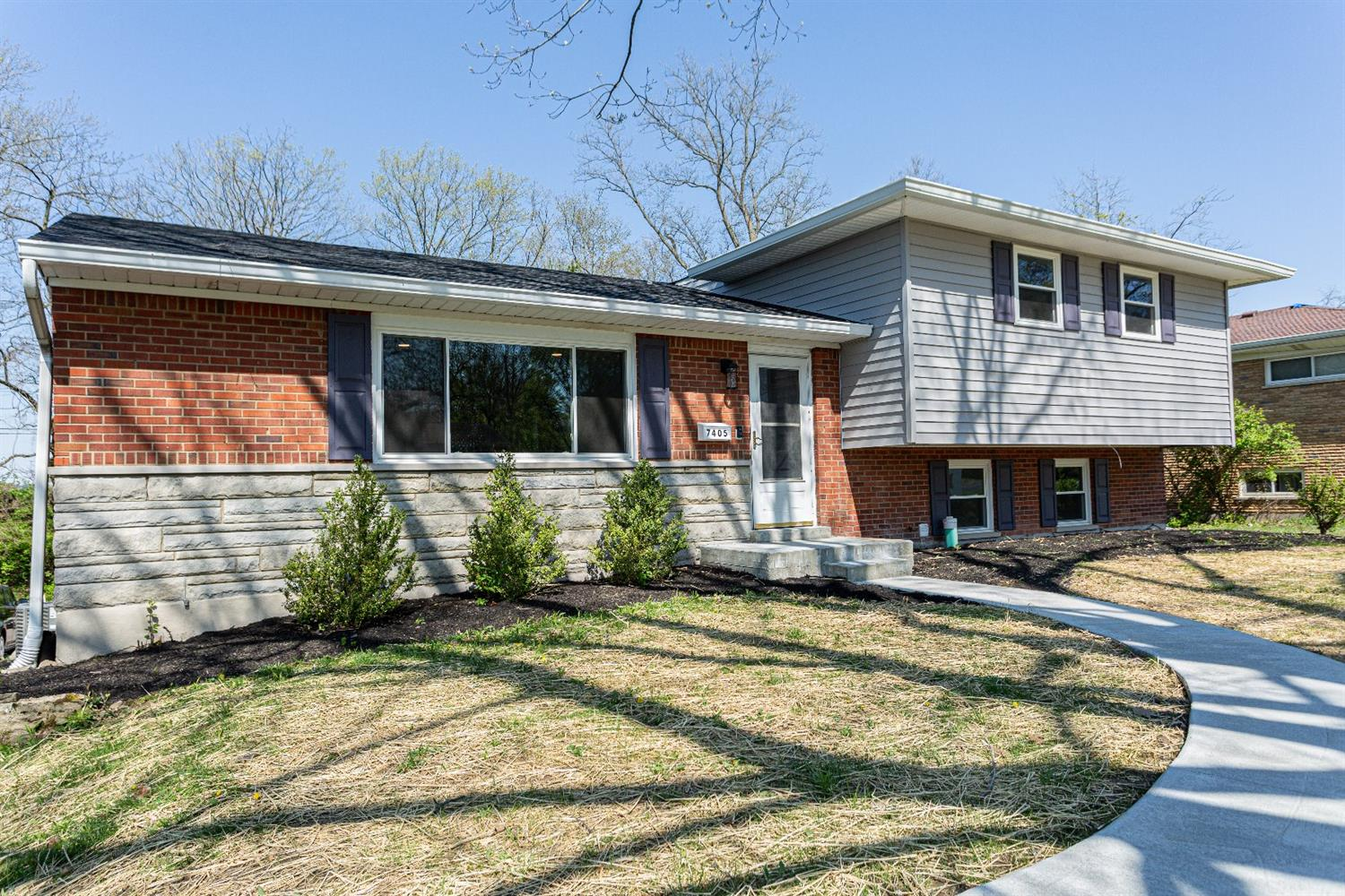 Property for sale at 7405 Elbrook Avenue, Amberley,  Ohio 45237