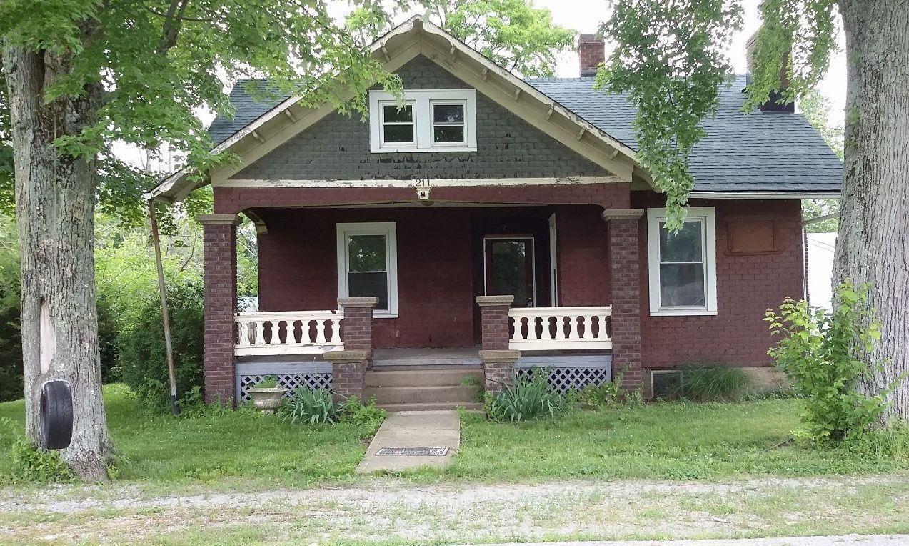 211 E Humber Street, Perry Twp, OH 45118