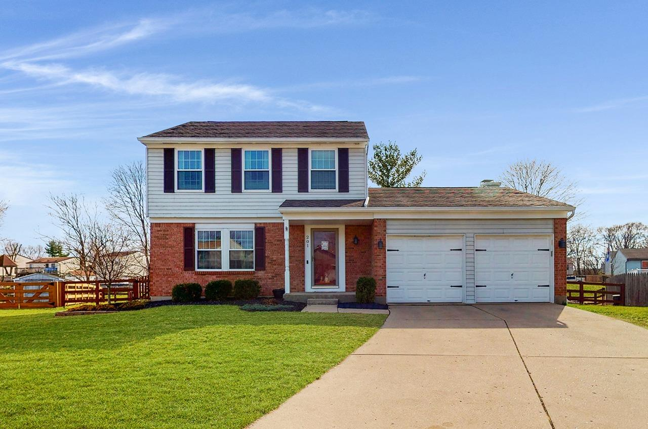Property for sale at 201 Country Trace Drive, Harrison,  Ohio 45030